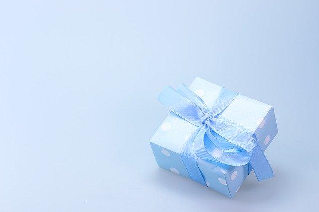 Co kupić dziewczynie na urodziny?